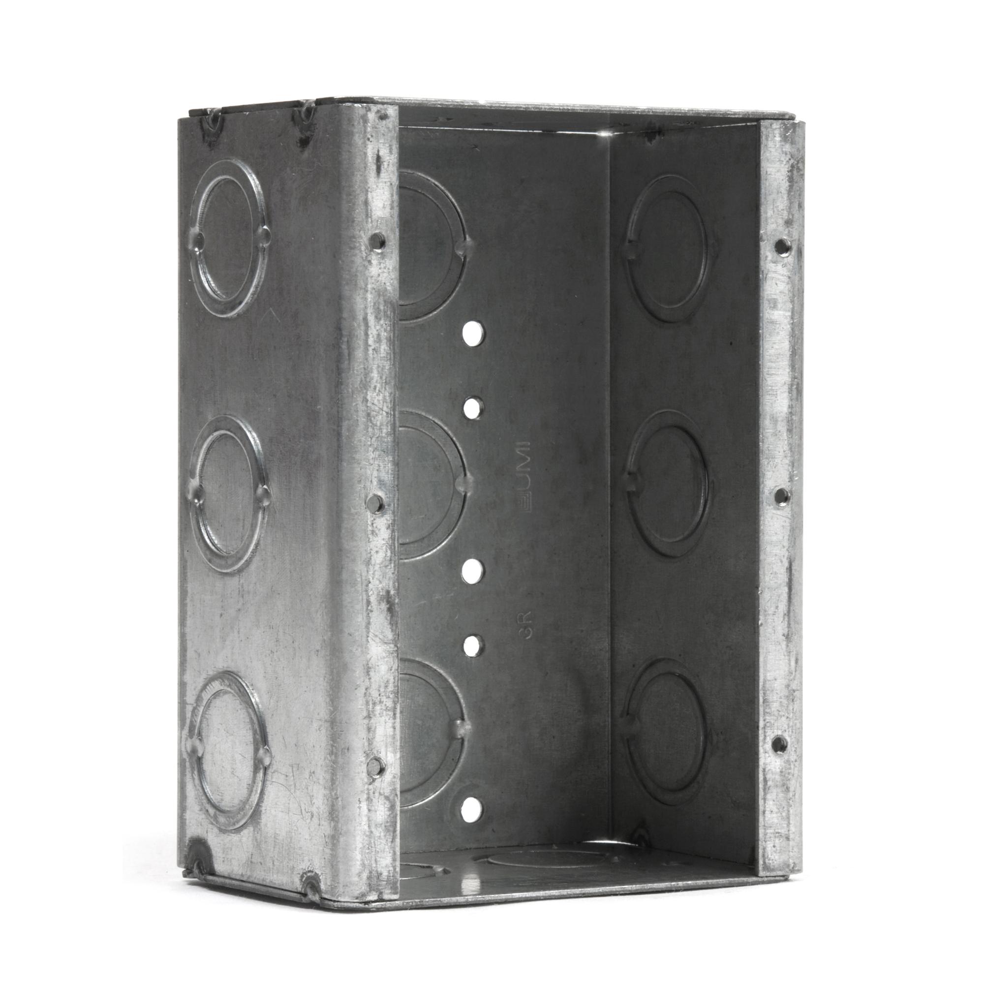3 Gang Flush Mount back box