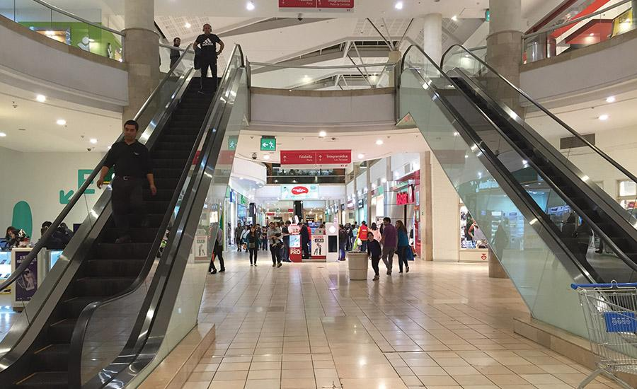 Mall Plaza currently operates 21 shopping centers: 15 in Chile, 5 in Peru, and 1 in Colombia